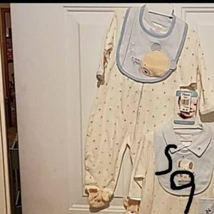 6-9 month bear pjs with feet and bib